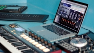 EVENTIDE BLACKHOLE GRATIS CON AKAI PRO MPC TOUCH E ADVANCE