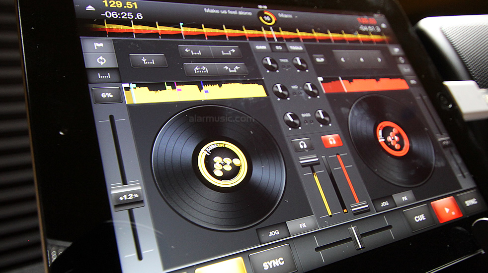 Click to enlarge image mixvibes-cross-dj-ipad-beatgrids.jpg