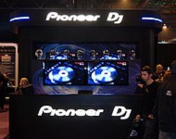 pioneer-stand-bpm-show-2012-190