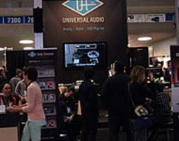 UNIVERSAL AUDIO AL WINTER NAMM 2013 - LO STAND