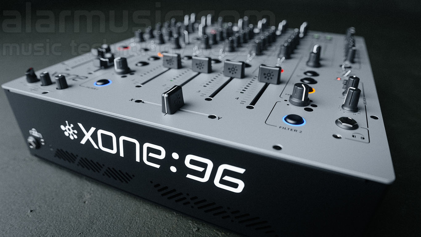 "Allen & Heath XONE 96 ridefinisce lo standard dei mixer analogici per DJ e Club integrando una doppia interfaccia audio USB a 32-bit/96kHz (12 In/12 Out) per il collegamento contemporaneo di più computer, supportata per l'utilizzo con vinili timecode dal software TRAKTOR Scratch. Quattro canali commutabili phono/line/USB1 e USB2 con eq 4 bande, due (A e B) canali mic/line con EQ semi-parametrico e due ingressi line stereo (C e D). I due immancabili filtri multimodo analogici con risonanza sono affiancati dal saturatore ""CRUNCH""."
