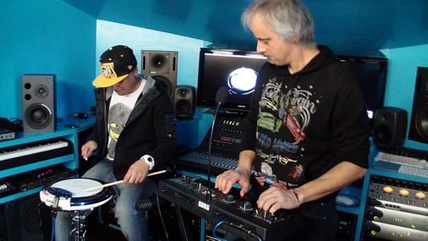ANDREA BERTORELLI E EDDY GOMEZ: KORG WAVEDRUM GLOBAL EDITION, MINI E MICROKORG XL +
