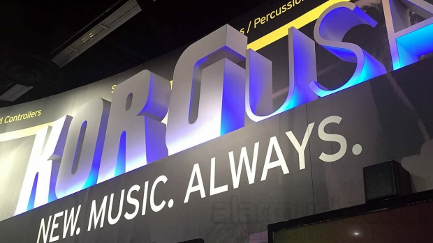 Korg al Winter NAMM SHOW 2016, Anaheim, California, USA
